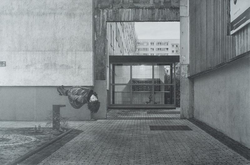 """Бора Петкова - Рисунка по фотография  (""""Спри да бъдеш турист. Започни революция. Започни да се чувстваш у дома"""", Бора Петкова, 2011), 2017"""