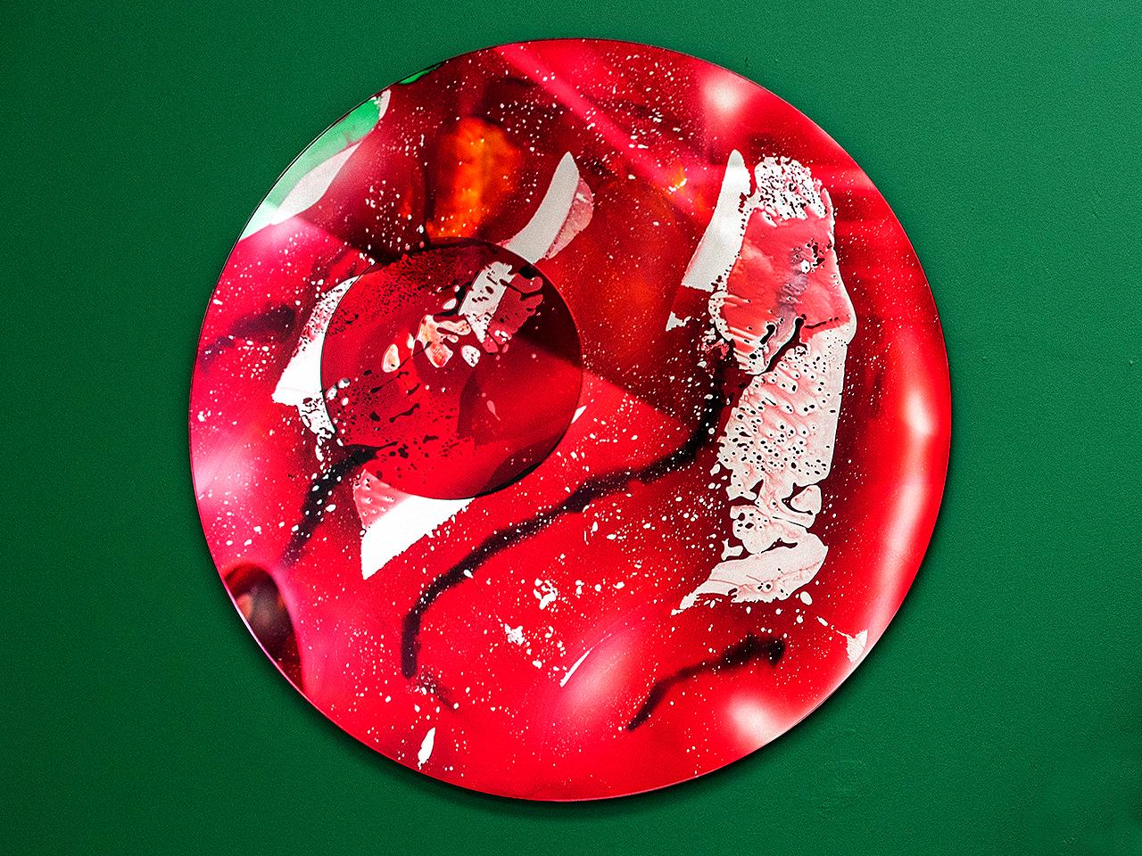 infrared camera, 2019 glas UV glue, 96 cm
